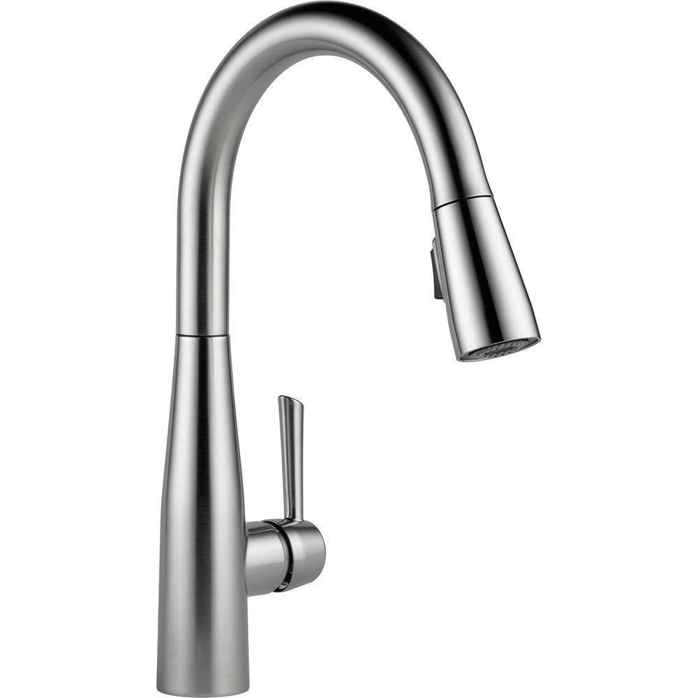 Delta Essa Single-Handle Pull-Down Sprayer Kitchen Faucet in Arctic Stainless with MagnaTite Docking 718186