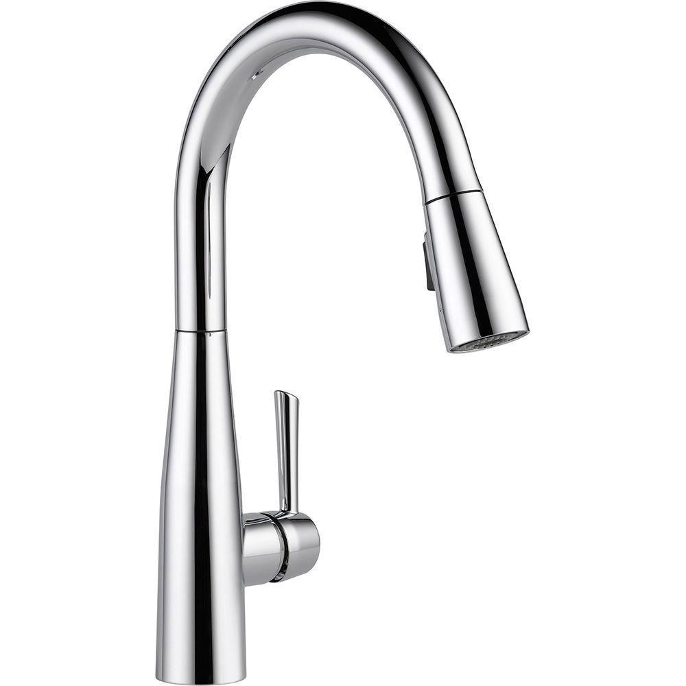 Delta Essa Single-Handle Pull-Down Sprayer Kitchen Faucet in Chrome with MagnaTite Docking 718188