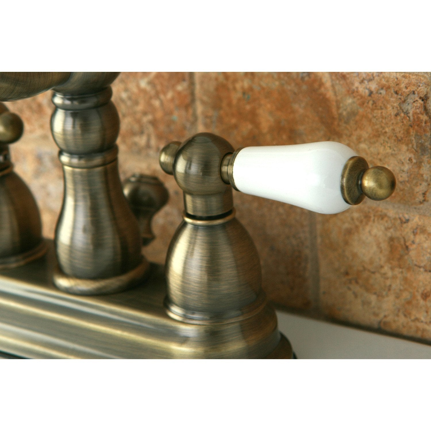 Top Antique Brass Centerset Bathroom Faucets