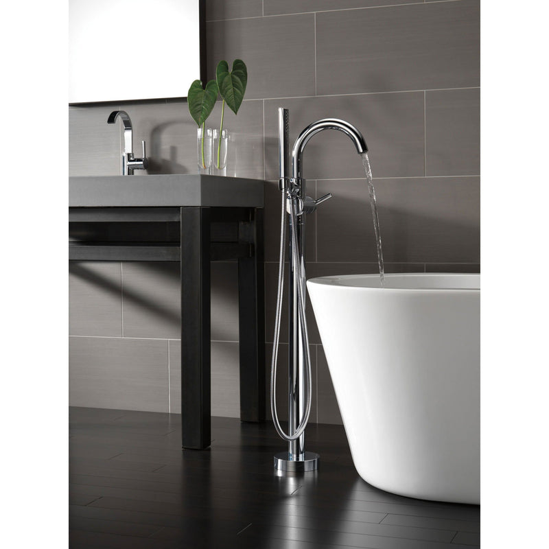 Metal Shower Caddy With Handle