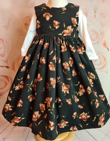 Girls winter sleeveless dress and petticoat