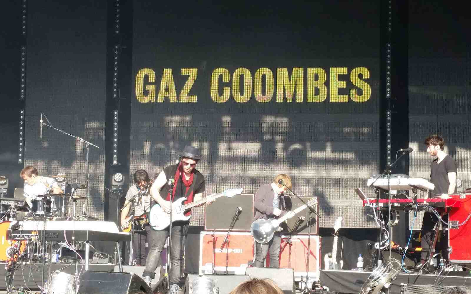 Gaz Coombes performing at Festival no. 6 2015