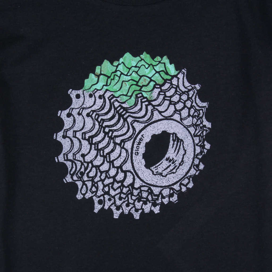 Printed t-shirt mountain biking design I See Mountains