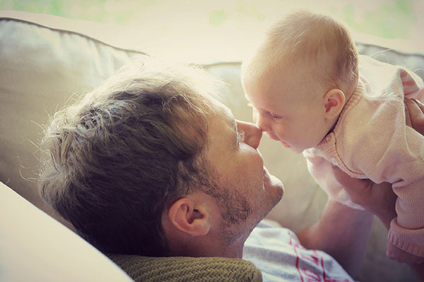 How to Balance Work & Family as a New Dad