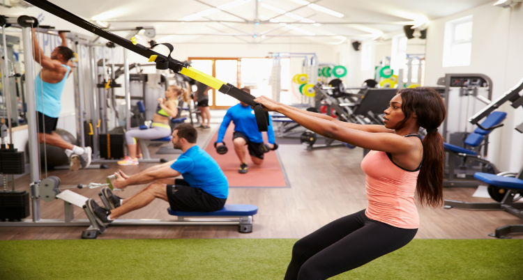 6 Ways to Get a Killer Workout in a Crowded Gym