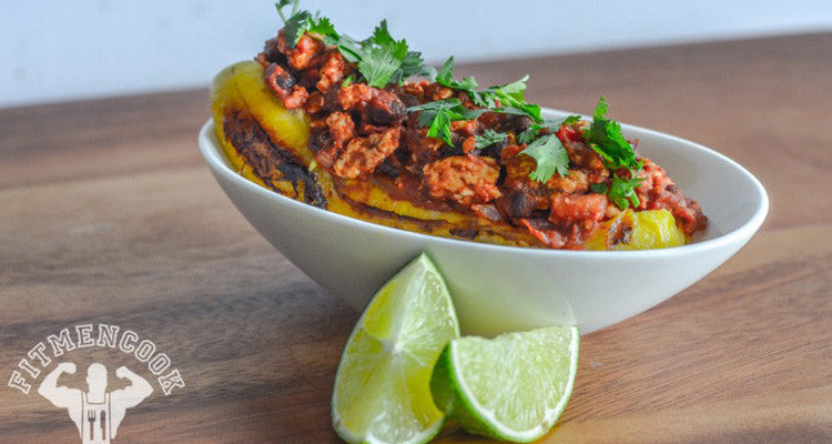 This Chili-Stuffed Plantain Features a Sweet & Spicy Kick