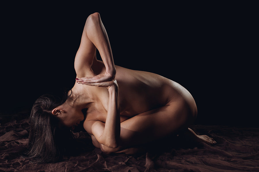 Why naked women perform yoga and put up their photos on Instagram?