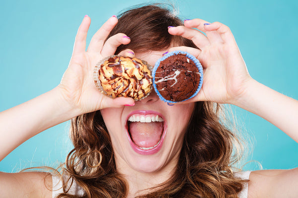 8 WOW Weight Loss Tricks (Incl. Chocolate!!)
