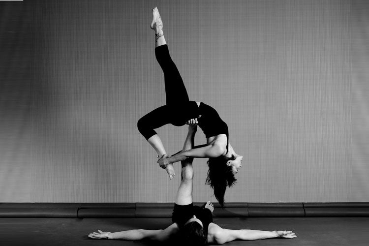 Darkside-of-yoga-couples