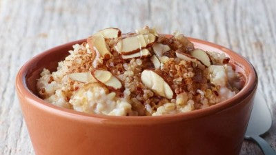 breakfast quinoa almond oatmeal
