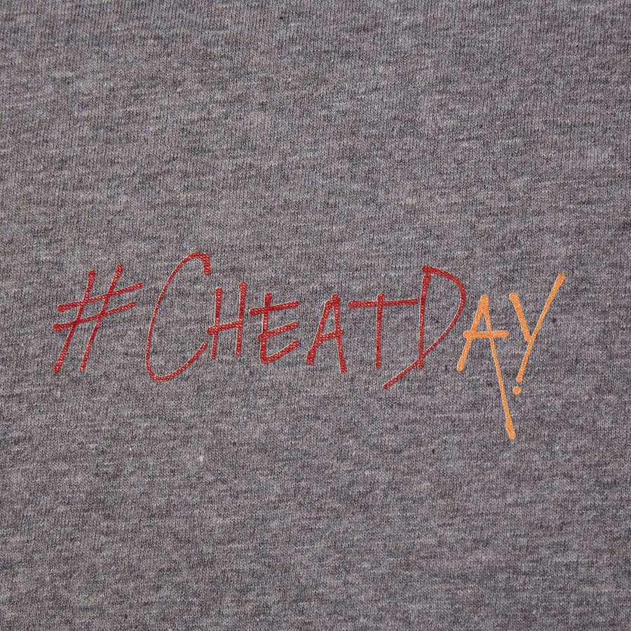 Cheatday t-shirt designet af Szhirley Snack Attack SnackAttack