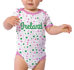 ALL OVER SHAMROCK BABIES Cara Craft 0-6 Pink