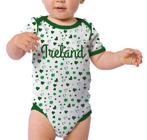 ALL OVER SHAMROCK BABIES Cara Craft 0-6 WHITE