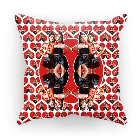 Mad Drag - Red Queen Ladies Cushion Cover