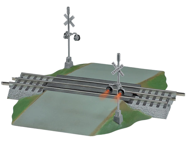 LIONEL 6-12052 FASTRACK GRADE CROSSING WITH FLASHERS