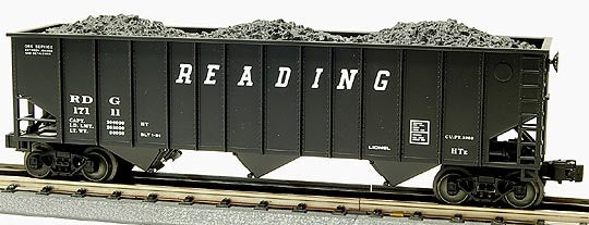 Lionel 6-17111 Reading Three bay Hopper with Coal Load Standard 'O'