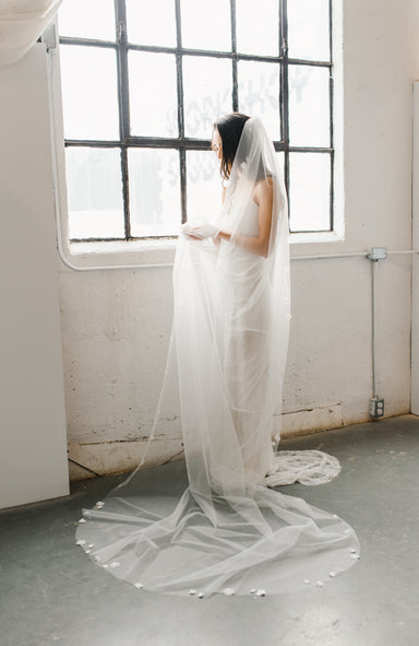 Flora Wedding Veil - Daphne Newman Design