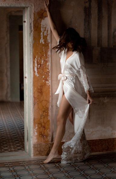 Aella Long Silk Bridal Robe - Daphne Newman Design