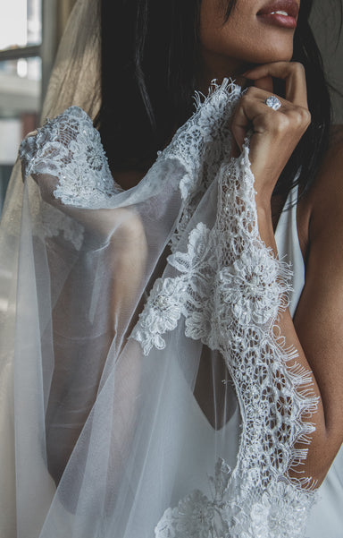 Jamie Lace Wedding Veil - Daphne Newman Design