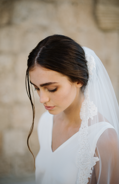 Teadora Beaded Edge Wedding Veil - Daphne Newman Design