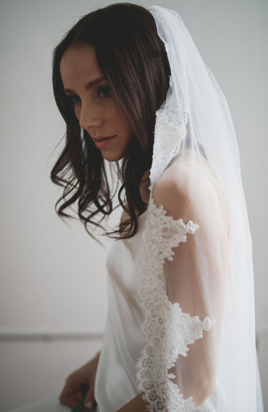 Sample Catarina Lace Wedding Veil - Daphne Newman Design