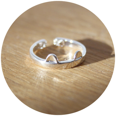 Smitten Kitten Cat Ring