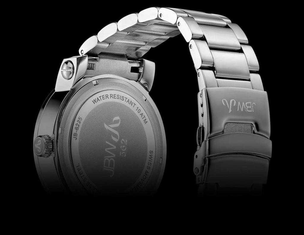 The 562 is available in a solid stainless steel strap or a silicone and  stainless steel combination strap.