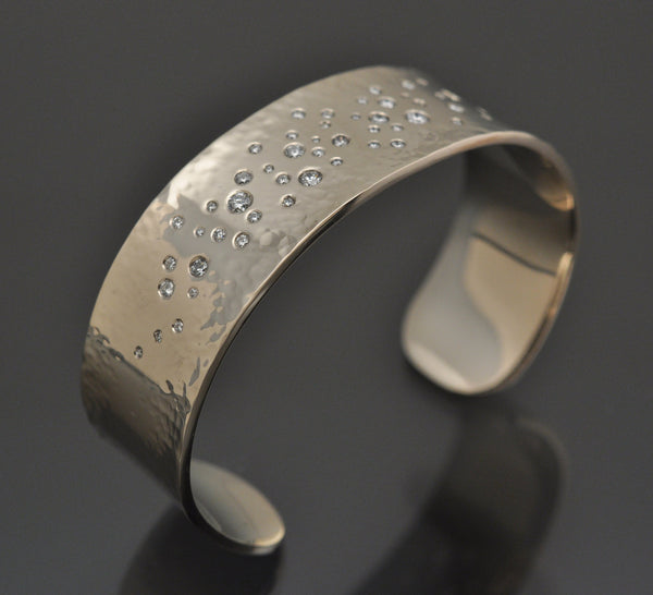 KENN KUSHNER DESIGNS - 18K DIAMOND ENCRUSTED HAND-FORGED HAMMER CUFF BRACELET - Luxe Route | Fine Goods & Services - Luxury Ecommerce