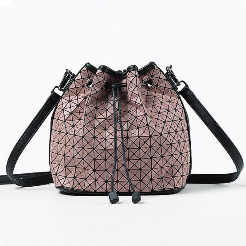Famous Brands Women new arrival Bag Geometry Plain Folding Handbags Casual Tote  bucket bag