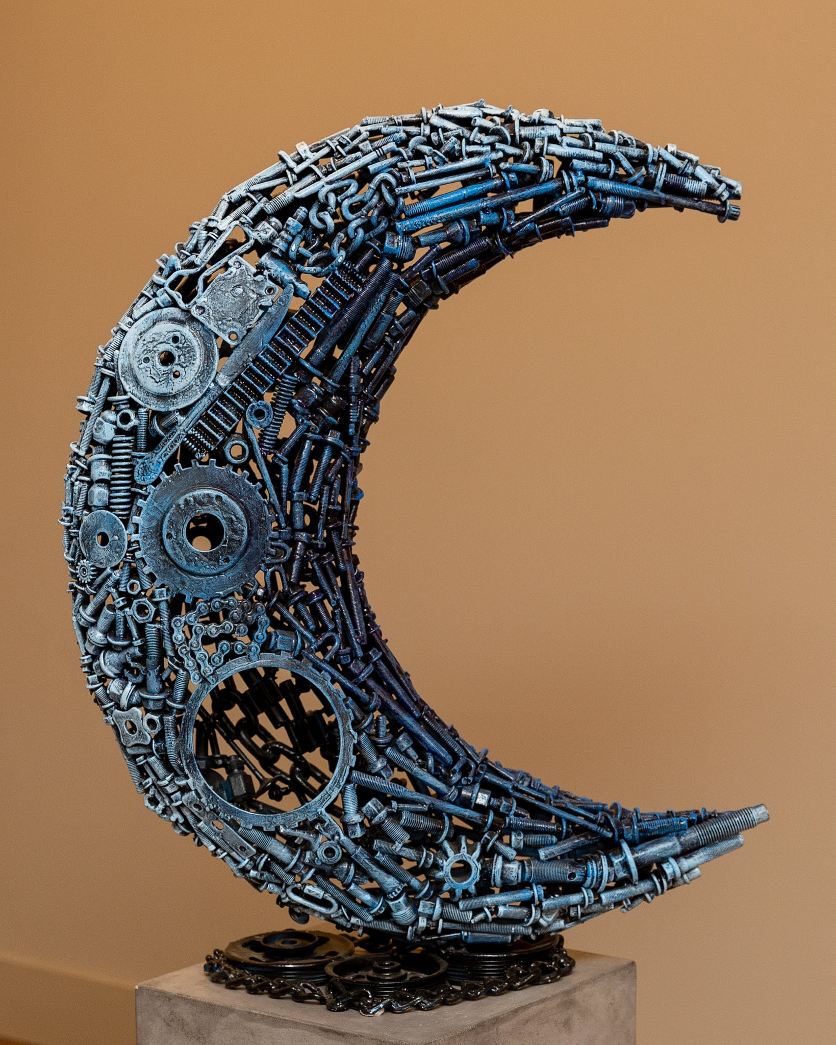 La Luna by Juan SotoMayor