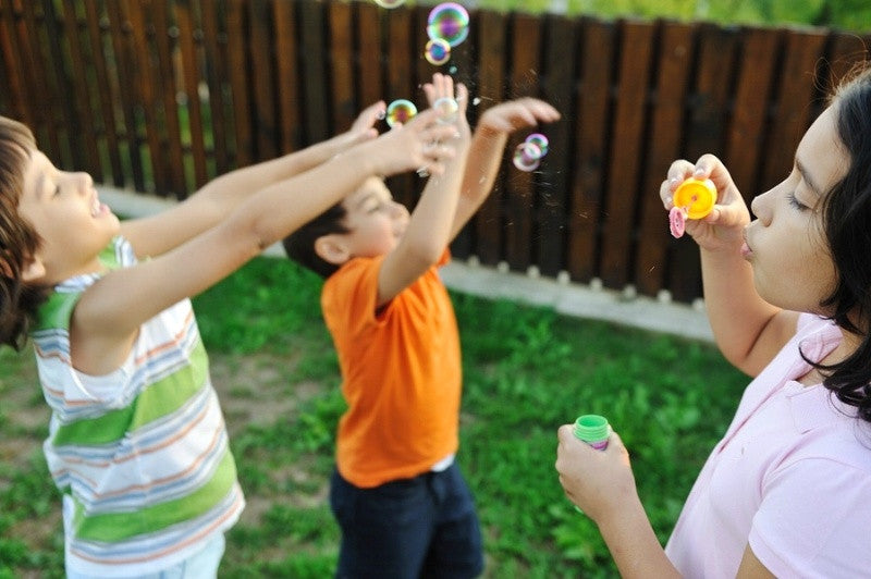 5 Ways to Nurture Your Child's Imagination from Your Own Backyard