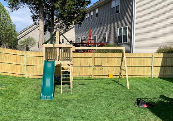 The Adventurer Swing Set from The SwingSet Co. is great for family time and outdoor play. It is a great backyard playset with many accessories including an extra large fort, belt swings, trapeze bar, 10' wave slide and under fort hammock.