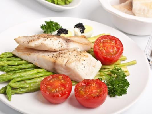Charred Lemon-Broiled Sole with Asparagus and Tomatoes