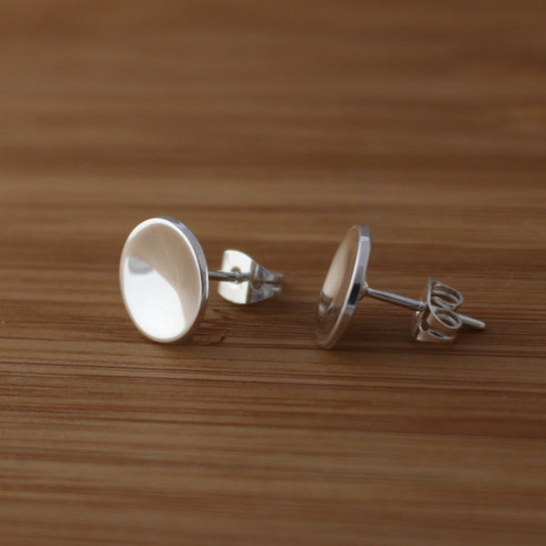 Petite Dapped Disc Earrings - High Polished Silver - Silver Post