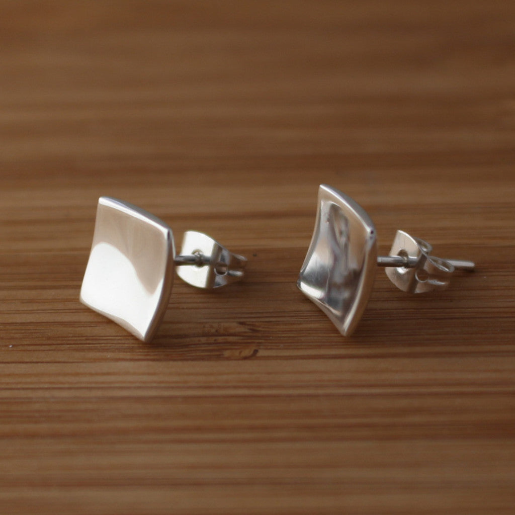 Petite Dapped Square Earrings - High Polished Silver - Post