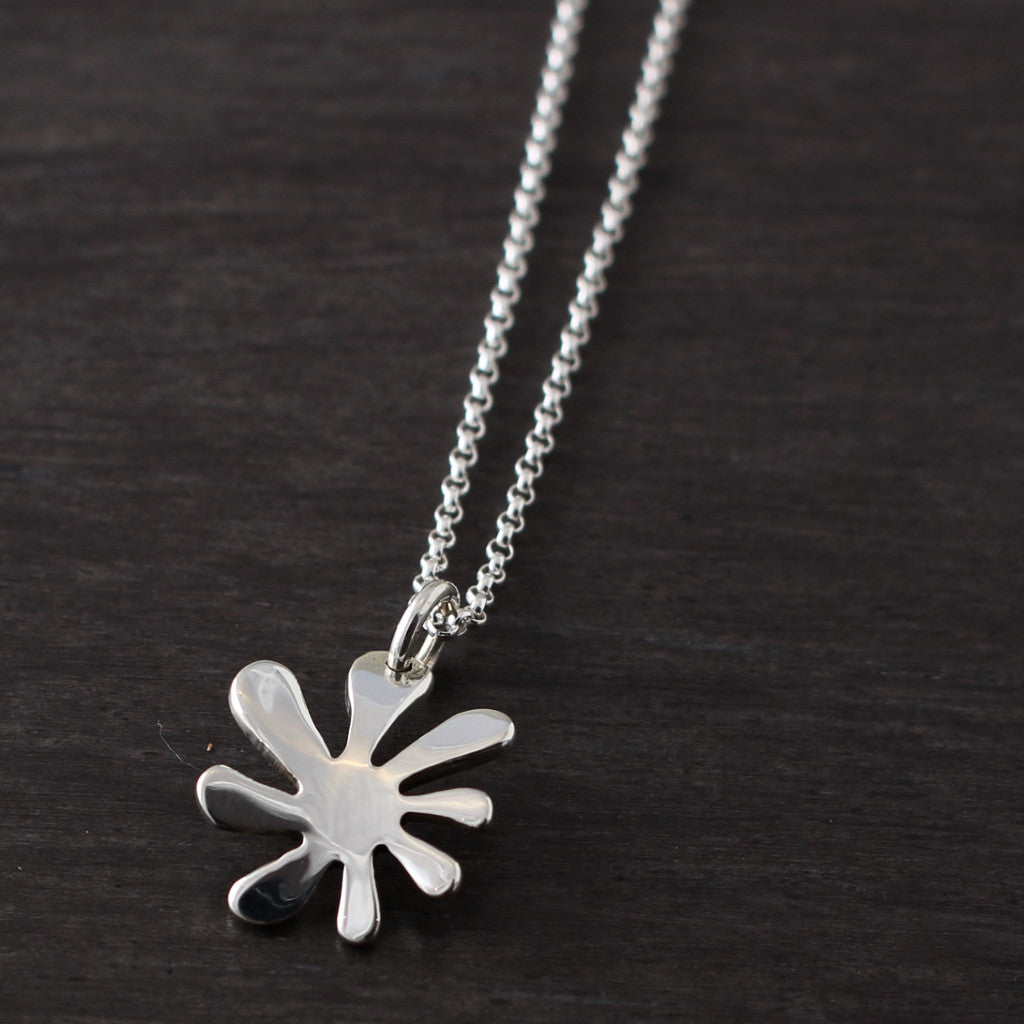 Petite Anto Flower Pendant - High Polished Silver - Silver Rolo Chain