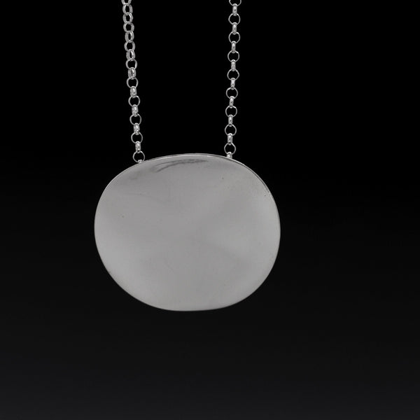 Simple Aya Silver Pendant - High Polished Silver Finish