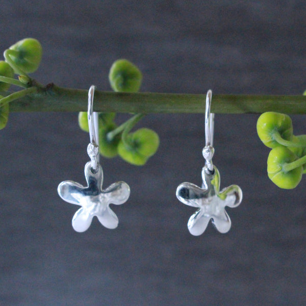 Petite Daisy Earrings - High Polished Silver - French Wire