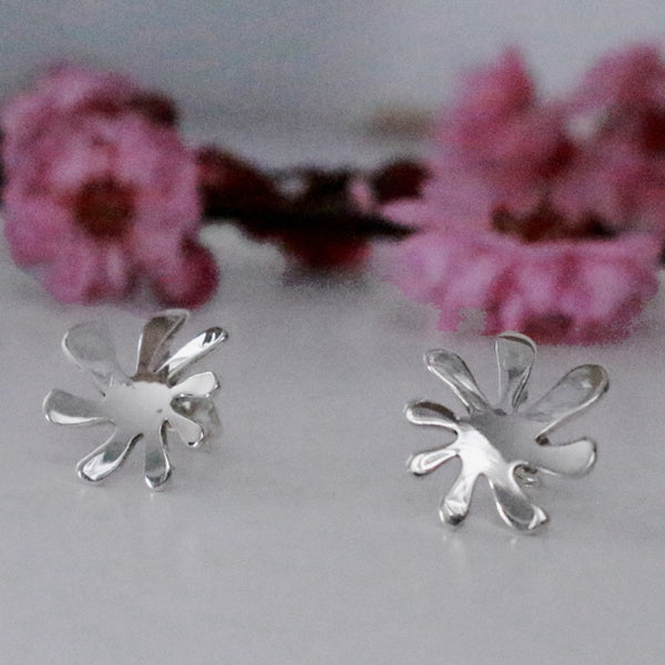 Petite Anto Flower Earrings - High Polished Silver - Post