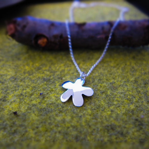 Small Daisy Flower Silver Pendant - Handmade Silver Jewelry San Francisco Wholesale