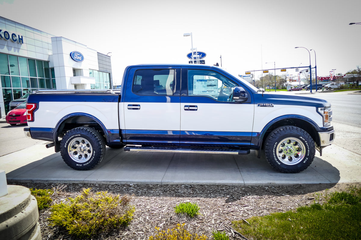 Ford Dealer Retro Truck Package for F-150 Brings Back '90s Two-Tone Paint