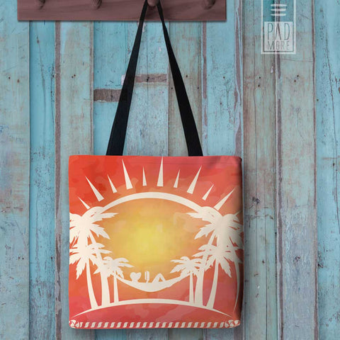 Reading Under the Sun Tote bag
