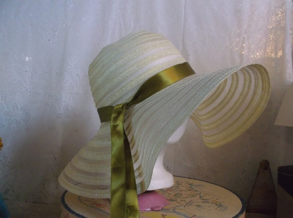 Hat Vintage made in Japan ladies sun hat.epsteam