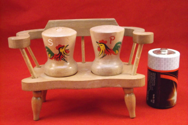 Salt and Pepper set Vintage retro Wooden Bench .epsteam
