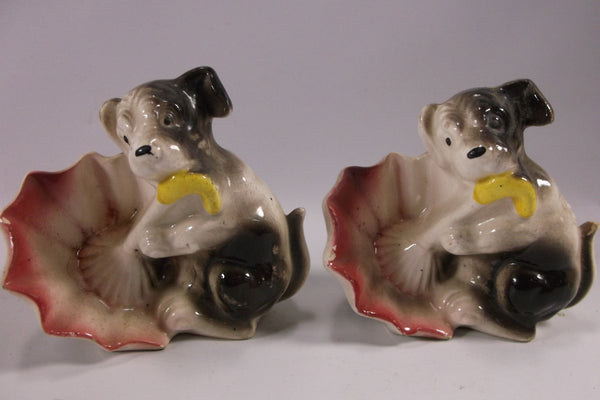 Vintage Pair Of Anthropomorphic Porcelain Black and White Dog with Open Umbrella Figurines epsteam