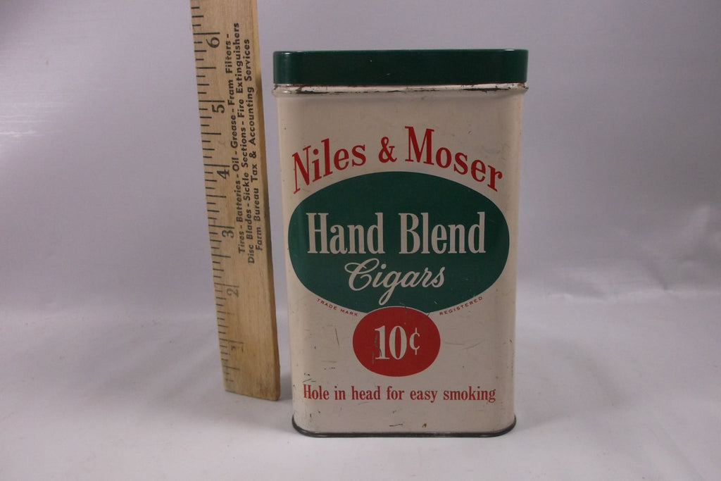 Antique Niles and Moser Cigar box tin.epsteam