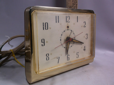 Alarm Clock Vintage Atomic Era GE General Electric Telechron  Model No. 7H237 Tested and Working.