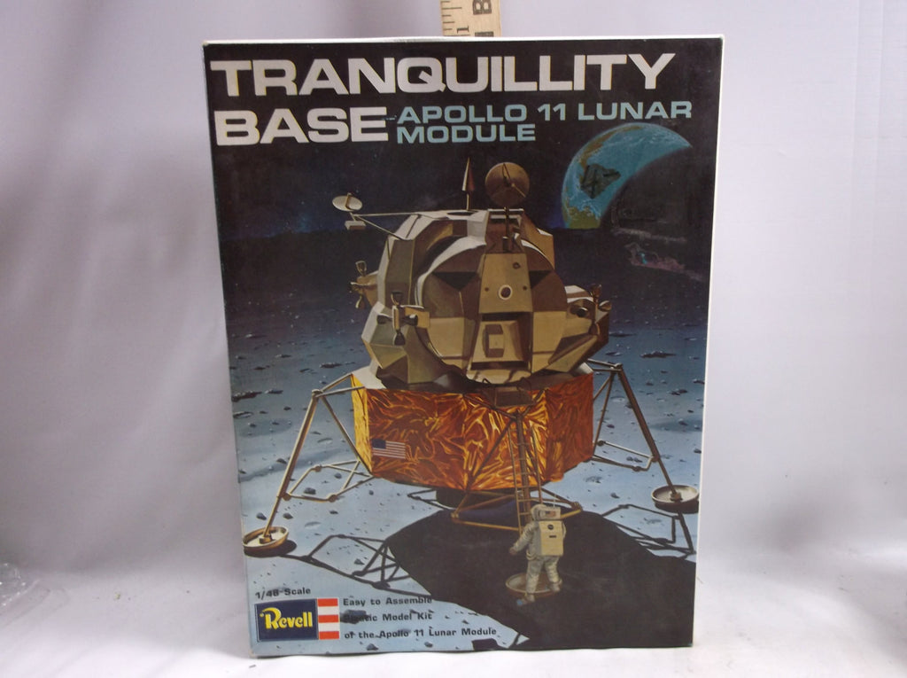 Plastic Vintage Model Kit, Apollo 11- Tranquility Base, Revell, Issue date 1969 Space.epsteam