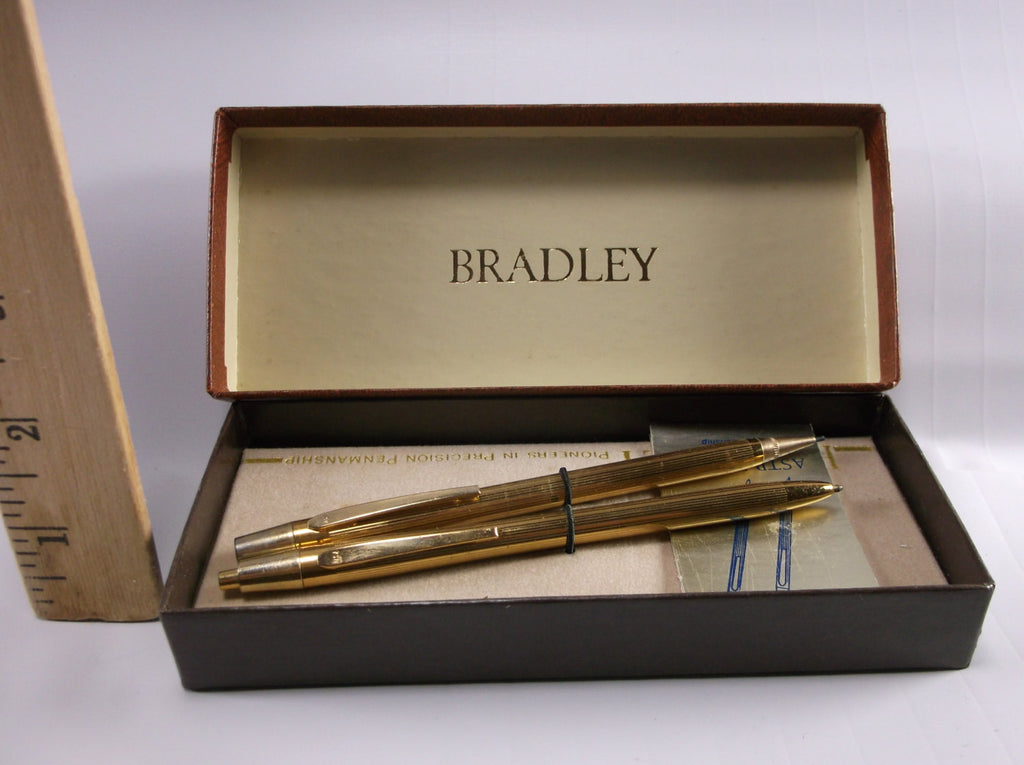 Astramatic (Bradley) Gold Tone Pen and Pencil Set. Vintage,New old stock Perfect.epsteam