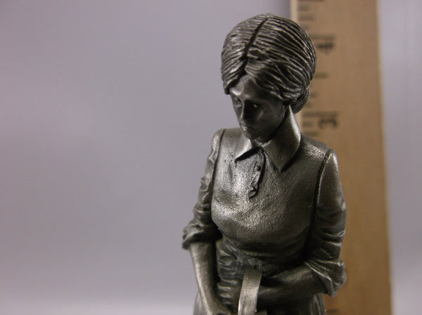 "Franklin Mint The Farmer's Wife Fine Pewter Figurine 4 "" Ron  Hinote , artist 1978"